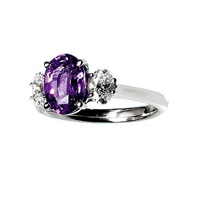11000-dollar-saphire-engagement-ring